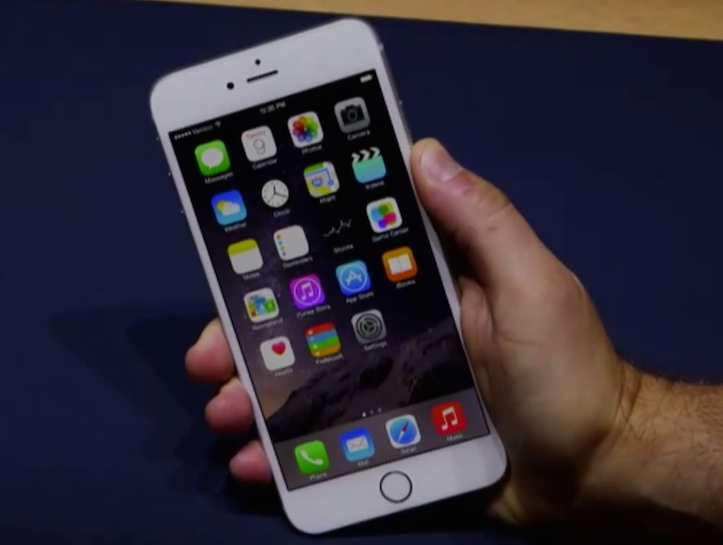iphone6plus-bloomberg-1.png