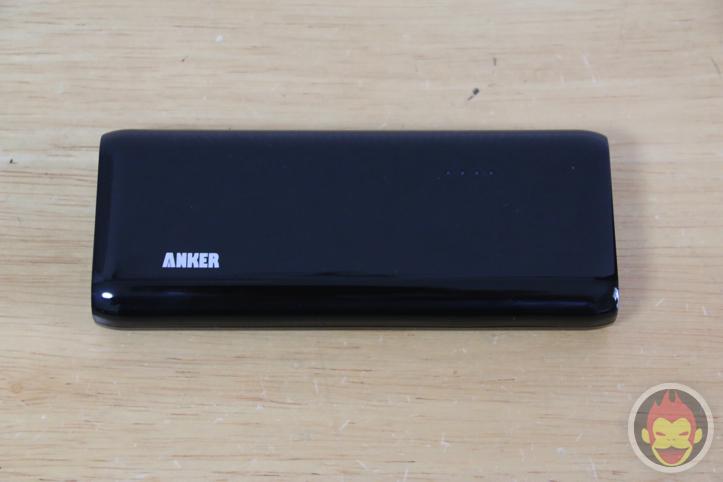 Anker-Astro-E4-13000-10.jpg