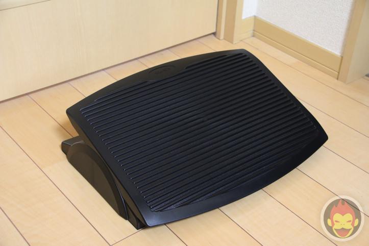 ergo-footrest-4.jpg
