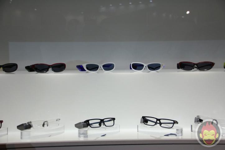 toshiba-glass-3.jpg