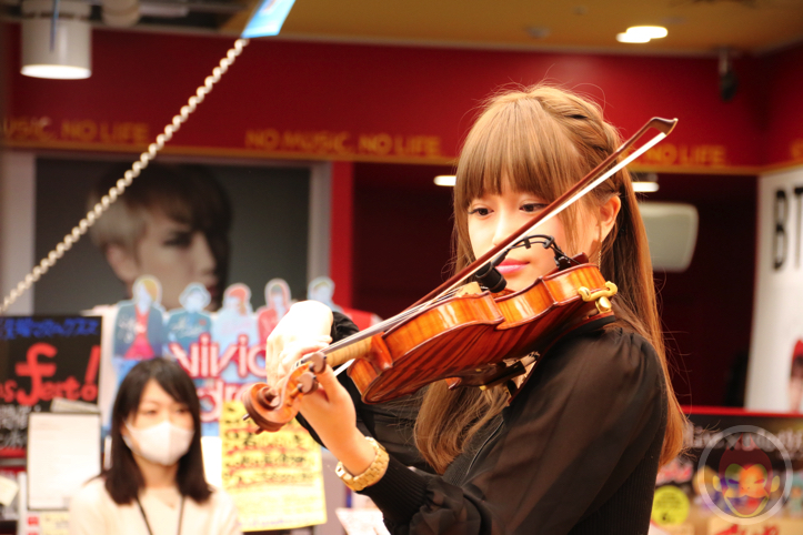 Okabe-Machi-TR-Instore-Live-6.jpg