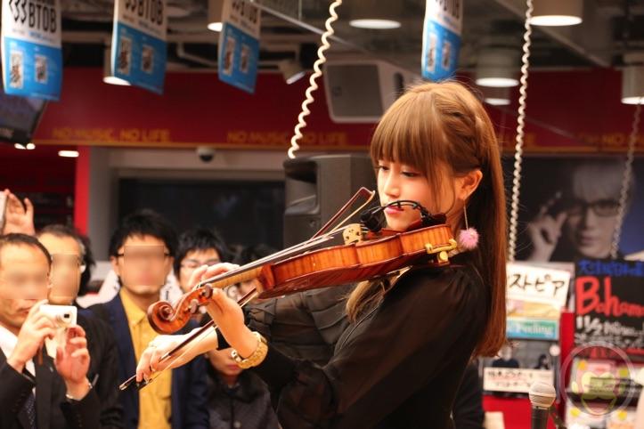 Okabe-Machi-TR-Instore-Live-7.jpg