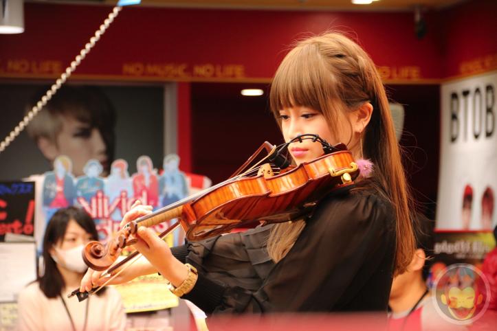 Okabe-Machi-TR-Instore-Live-8.jpg