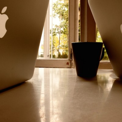 macbooks-at-work.jpg