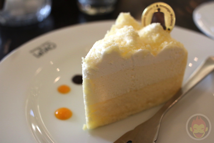 小樽洋菓子舗ルタオ 本店「ドゥーブルフロマージュ」