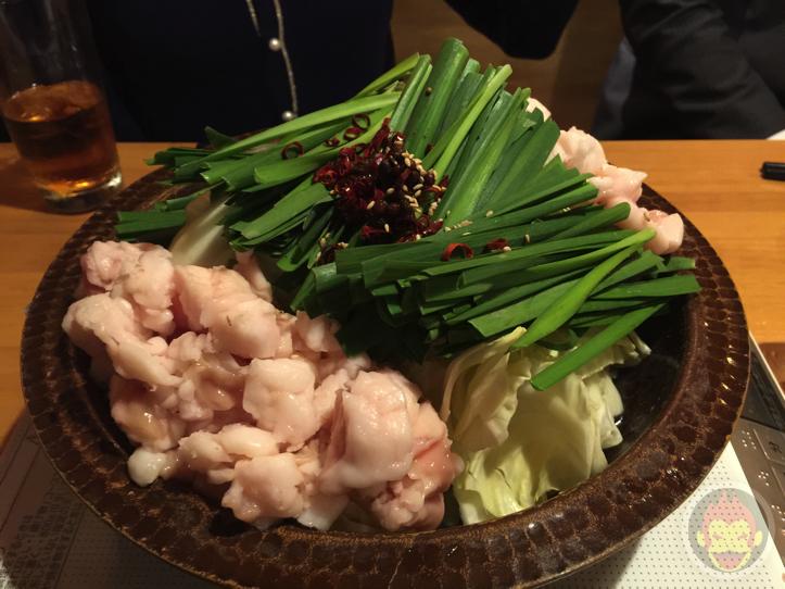 清水aburi(新橋)で食べるモツ鍋