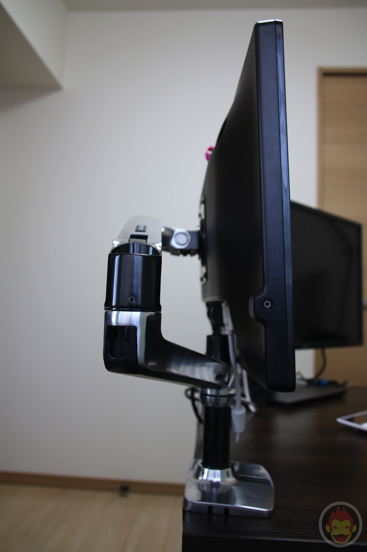 Ergotron-Monitor-Arm-21.jpg