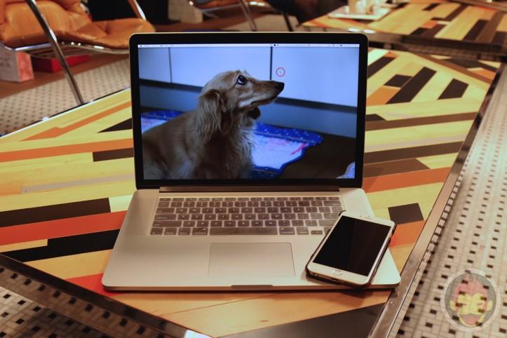 MacBook Air iPhone 6 Plus