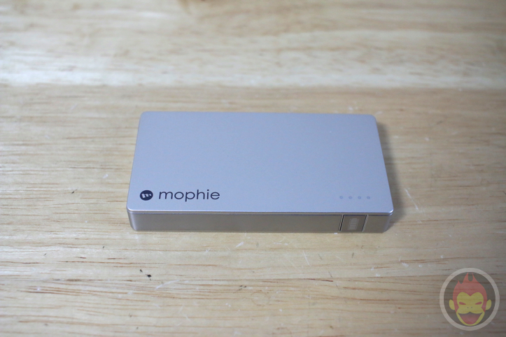 mophie「powerstation 4000」「powerstation mini」レビュー