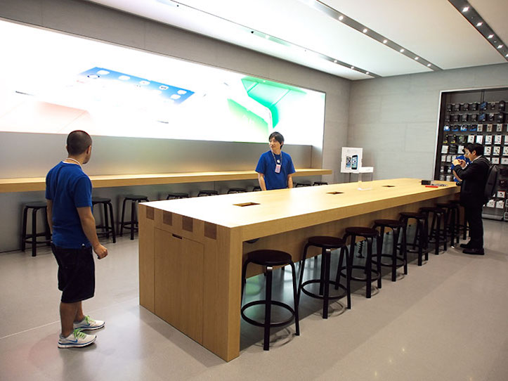 表参道のApple Store