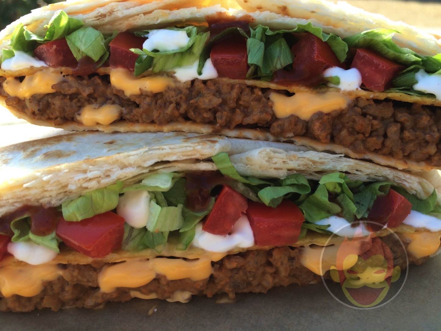 Taco-Bell-Crunchwrap-Supreme.JPG