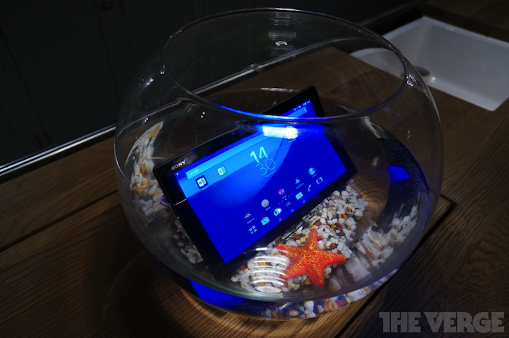 xperia-z4-10inch-2.png