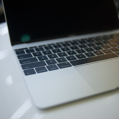 12-MacBook-Vietnam-11.jpg