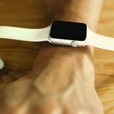 Apple-Watch-Unboxing-Itself.png