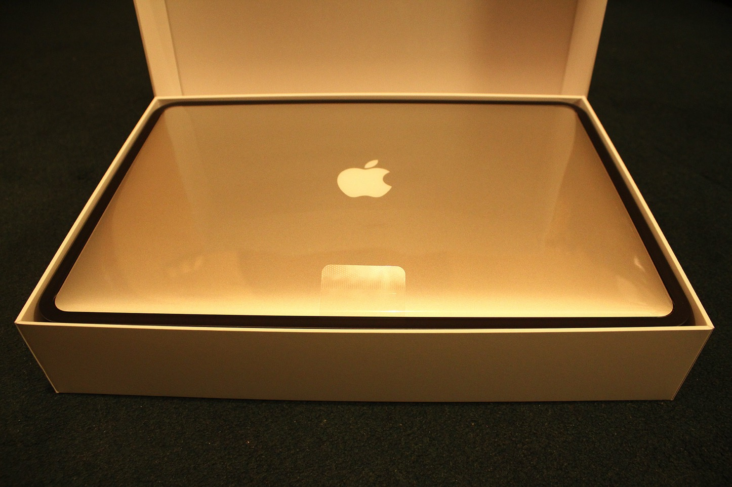 MacBook-Unboxing.jpg