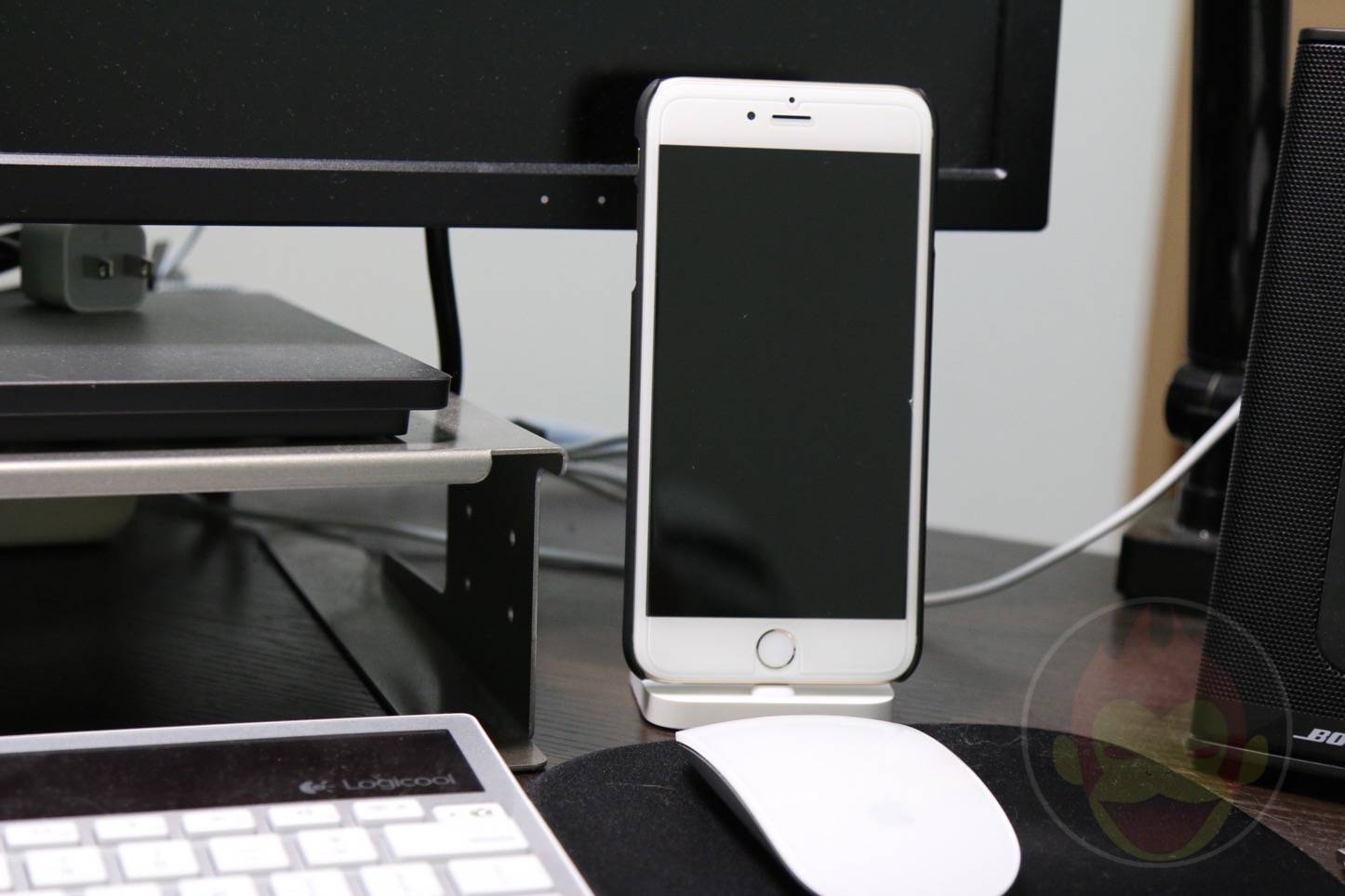 Apple-Lightning-Dock-24.JPG