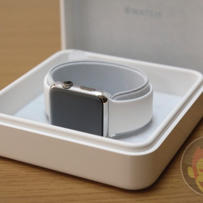 Apple-Watch-Stainless-Steel-White-Band-42mm-016.jpg