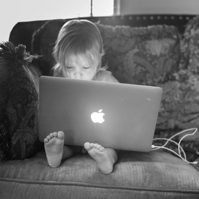 macbook-kid.jpg