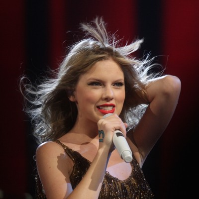 Taylor-Swift-Hair.jpg