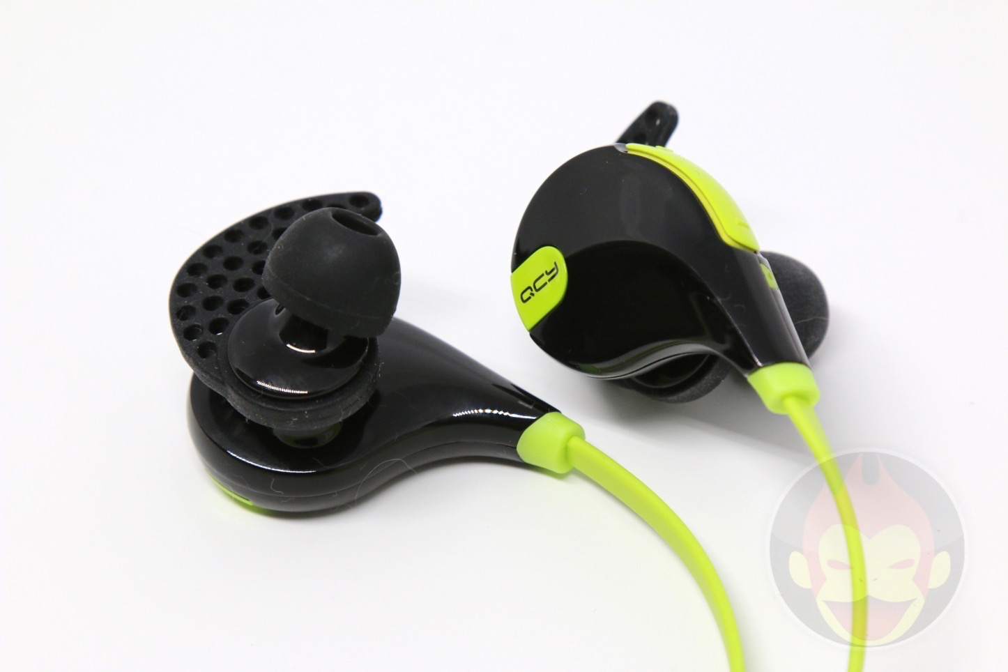 Wireless Earphones QY7