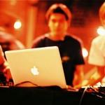 macbook-dj.jpg