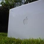 macbook-grass.jpg