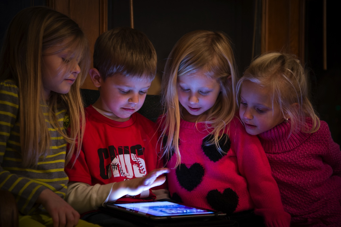 Kids Using iPads