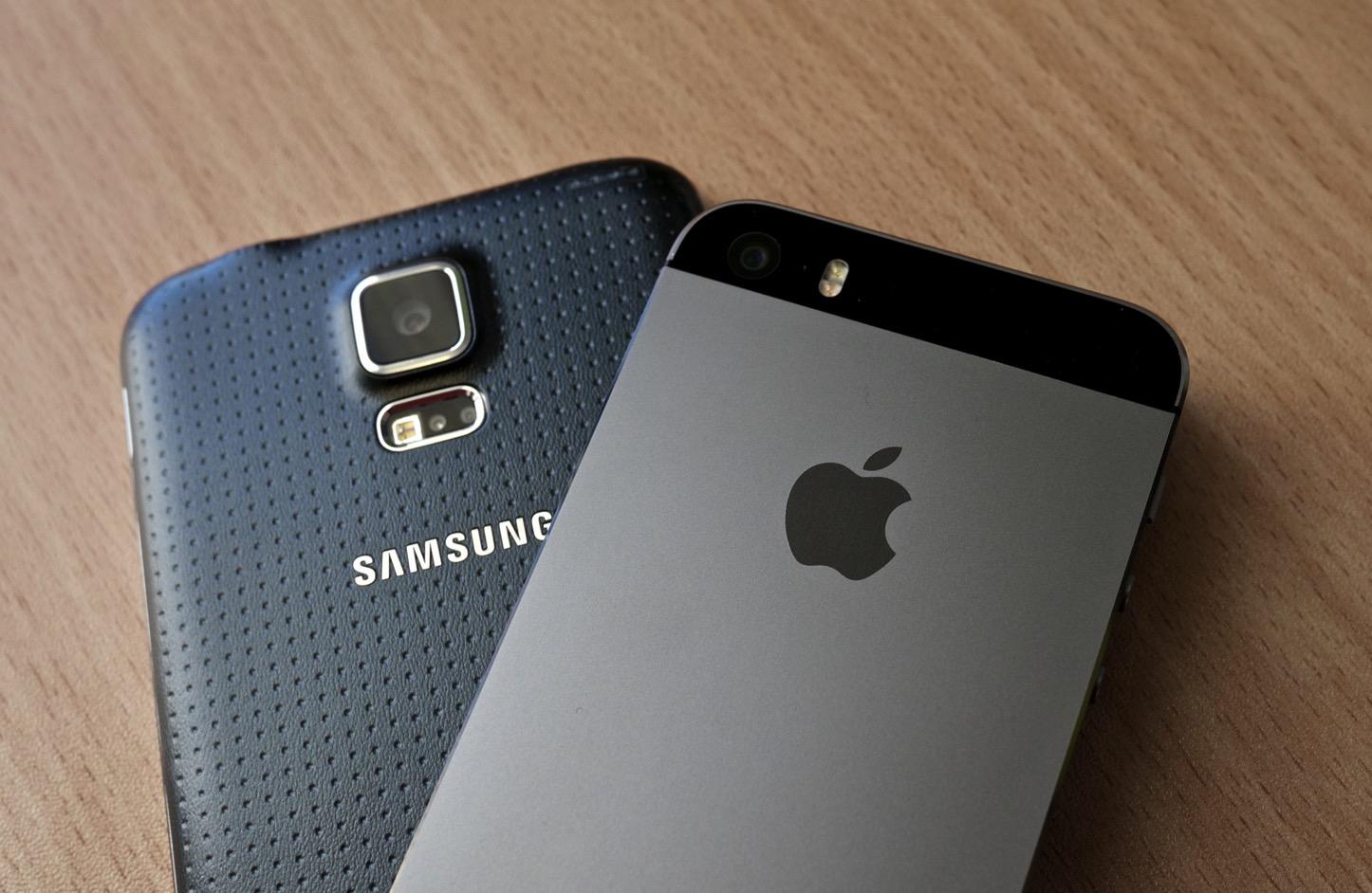 iphone-and-samsung.jpg