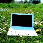 macbook-and-flowers.jpg