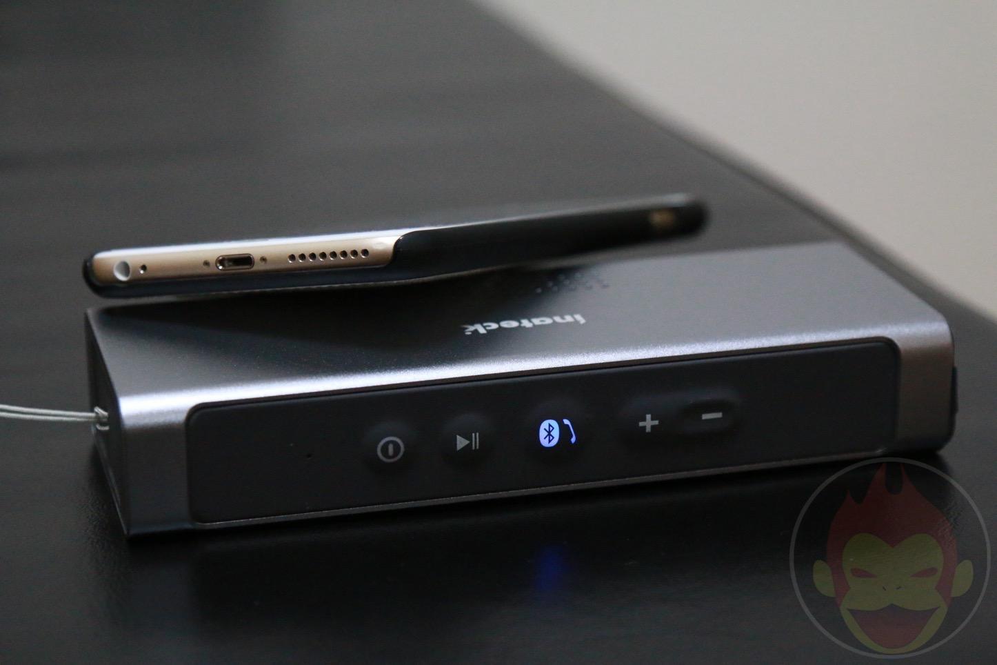 Inateck-Bluetooth-Speaker-32.JPG