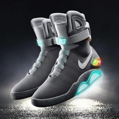 2015-Nike-Mag-1.jpg