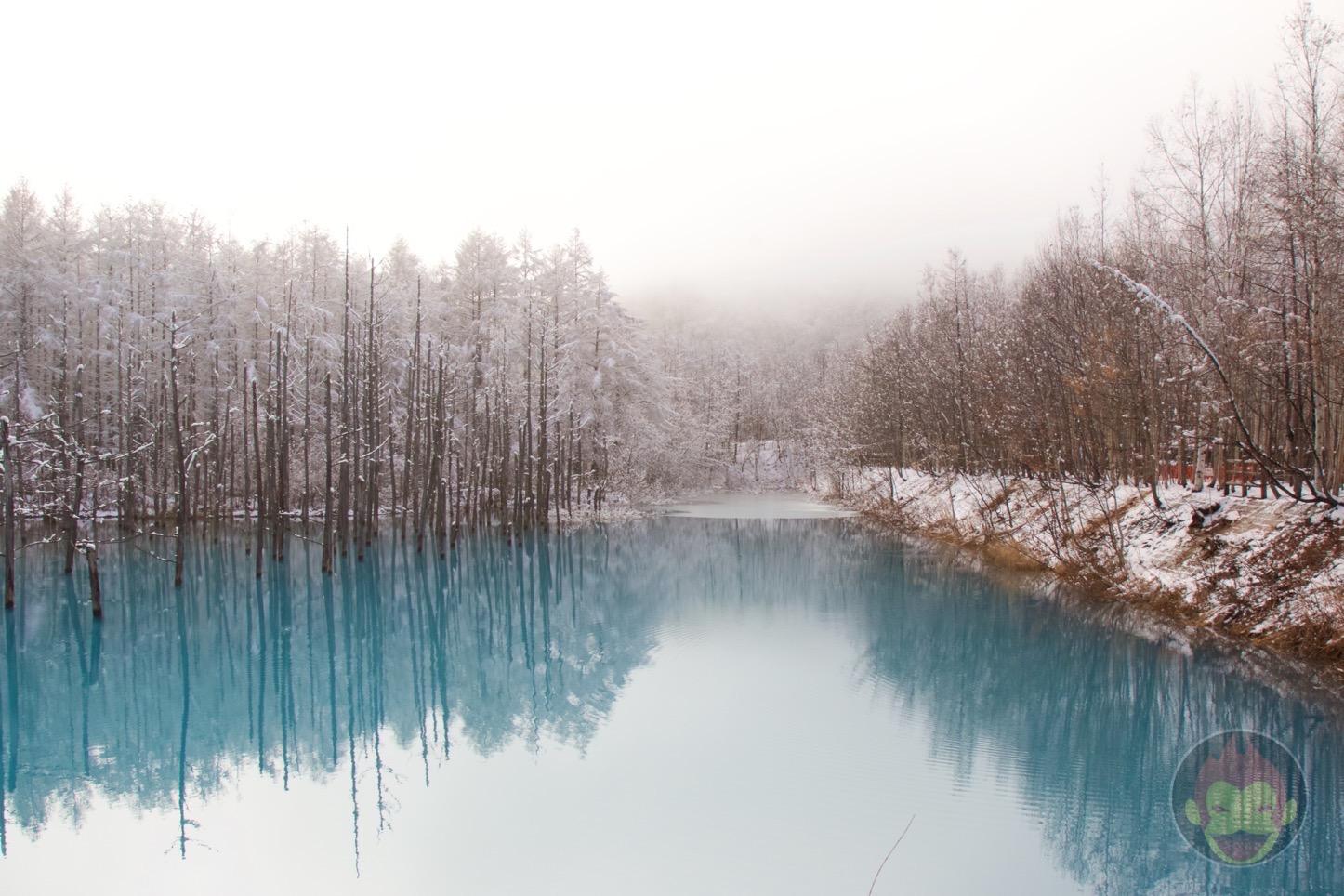 Blue-Pond-Hokkaido-03.jpg