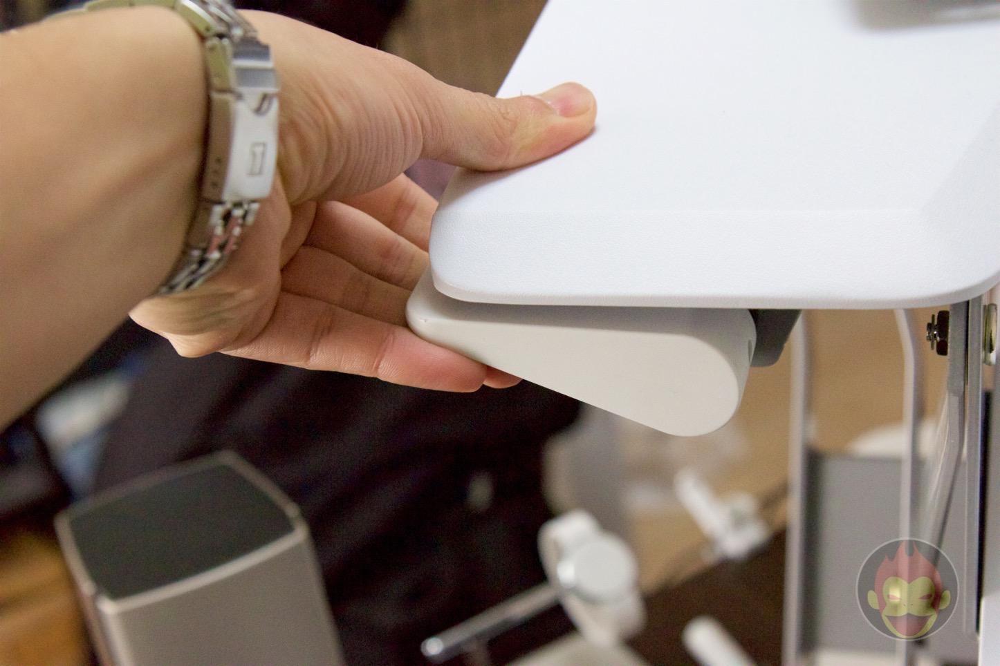 Standing-Desk-Ergotron-WorkFit-T-07.jpg