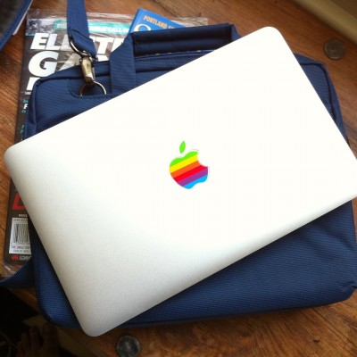 macbook-air-colorful-logo.jpg