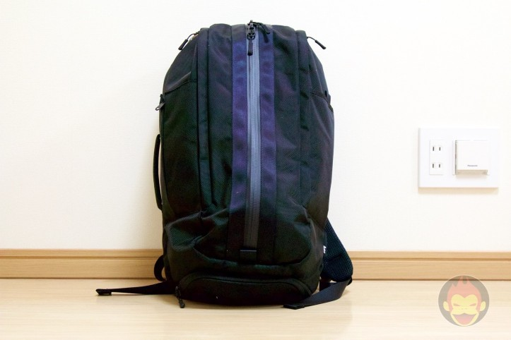 Aer-Duffel-Backpack-01.jpg