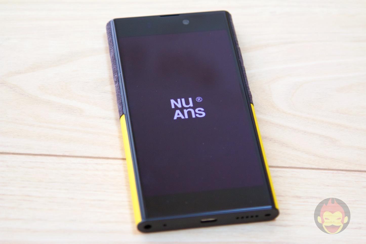 NuAns-Neo-Windows-10-Smartphone-12.jpg