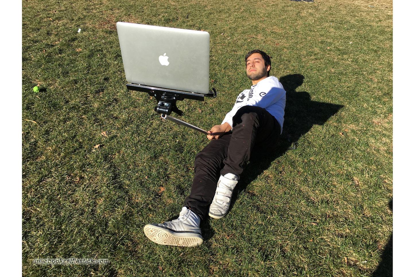 MacBookセルフィースティック