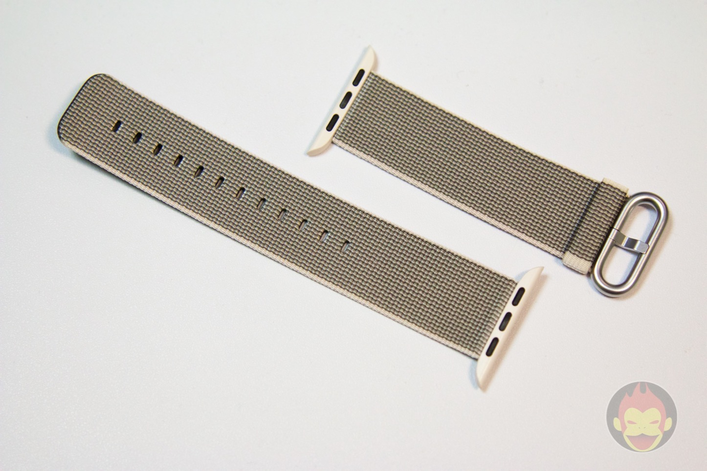 Apple-Watch-Woven-Nylon-Band-04.jpg