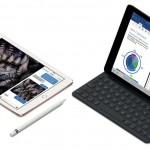 iPadPro10-ApplePencil-SmartKeyboard-Splitview_PR-PRINT.jpg