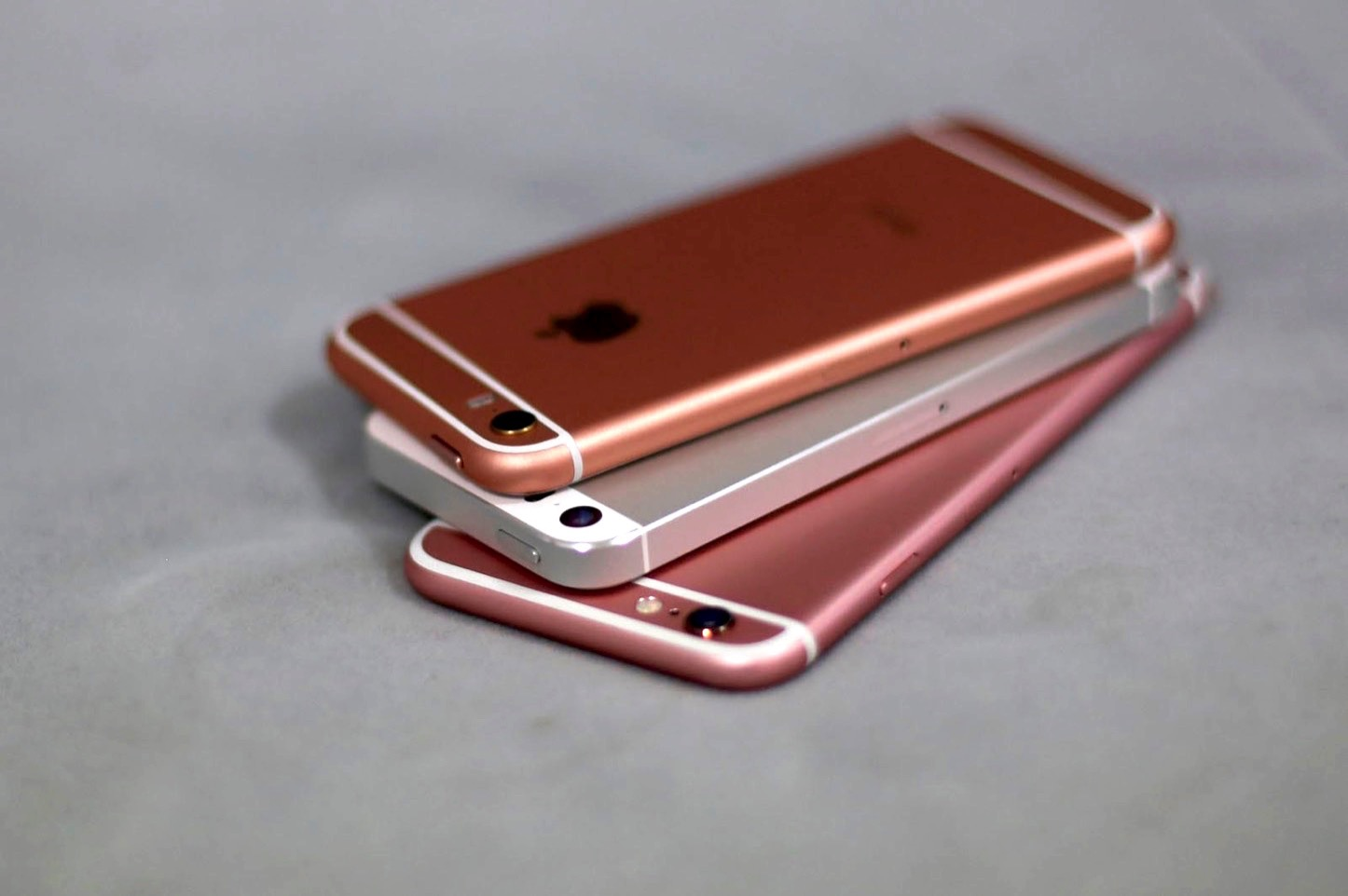 IPhone SE Fake Samples from China