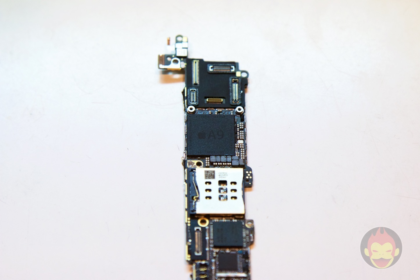 iPhone-SE-decompose-41.jpg