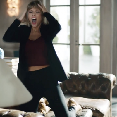 Dance-Like-No-One-Is-Watching-Taylor-Swift.png