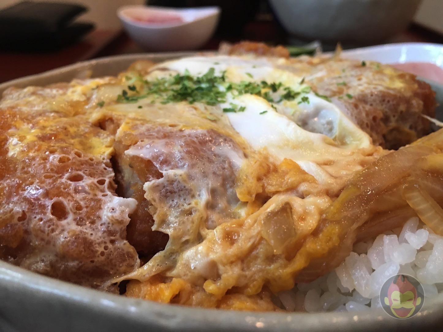 育風堂精肉店のカツ丼が美味しすぎる件