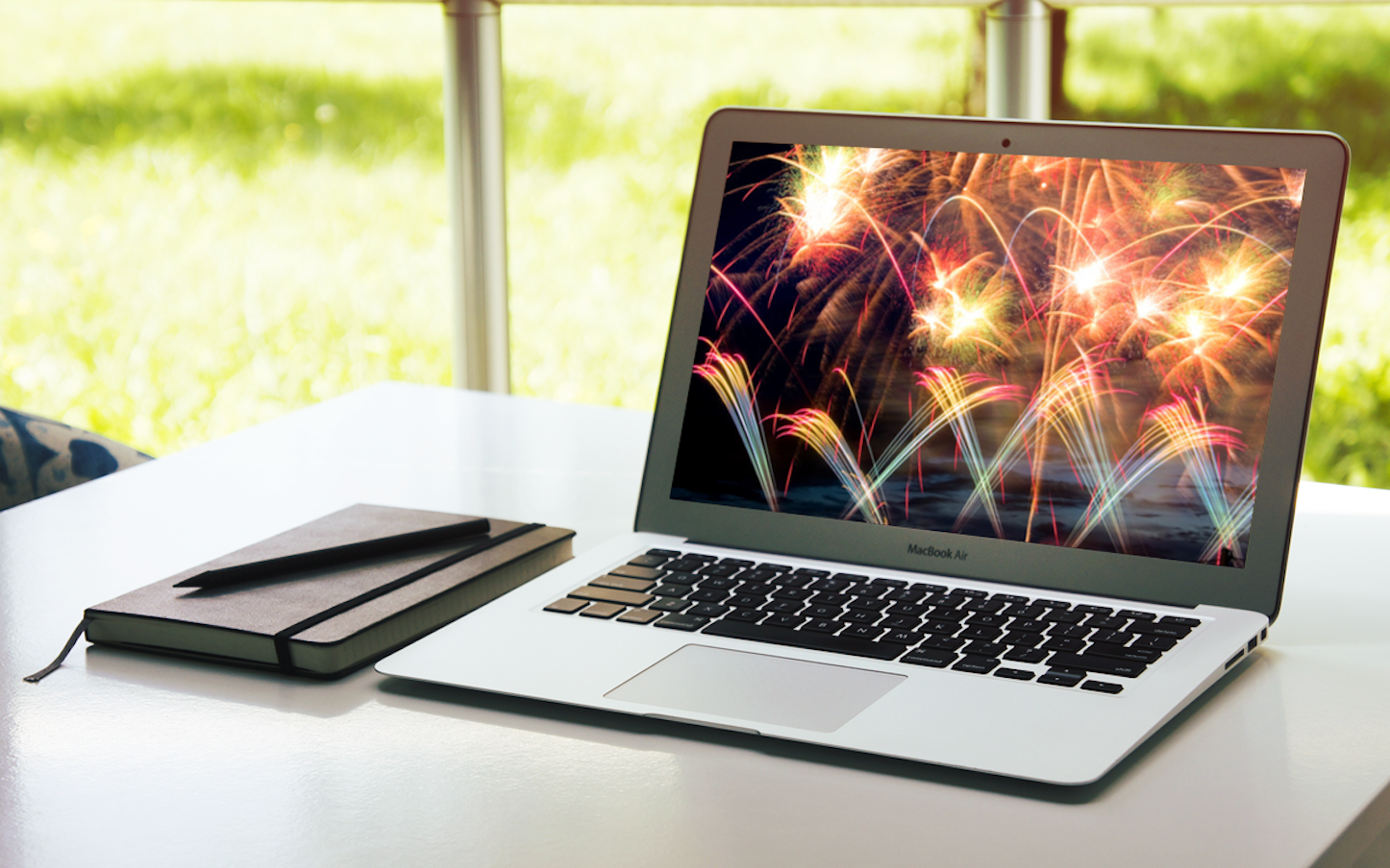 MacBook Air Fireworks