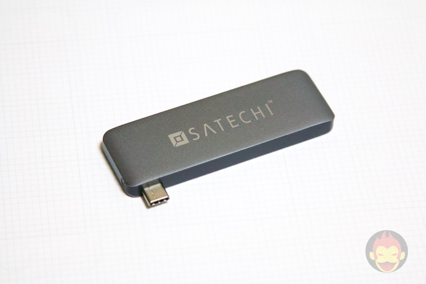 Satechi-MacBook-Type-C-3in1-02.jpg