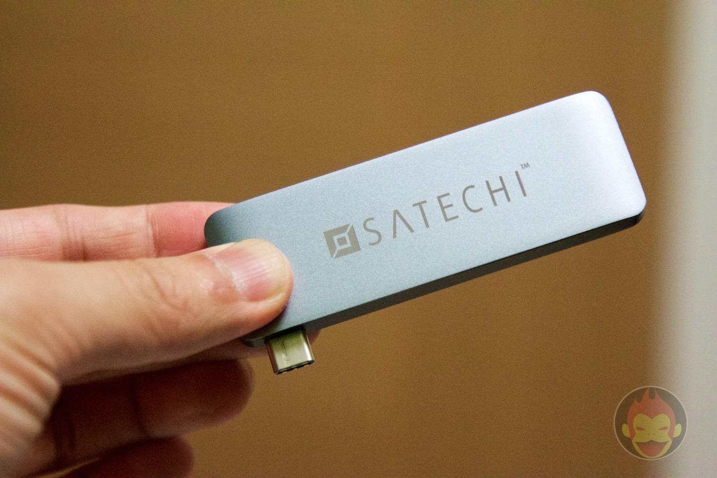 Satechi-MacBook-Type-C-3in1-04.jpg