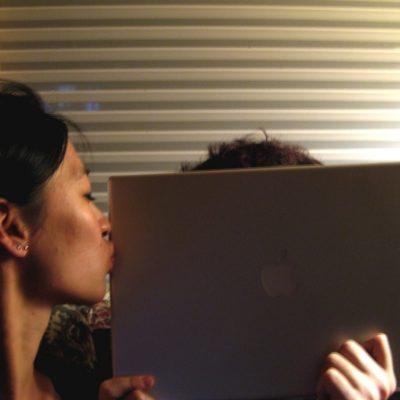 kiss-day-macbook-pro.jpg
