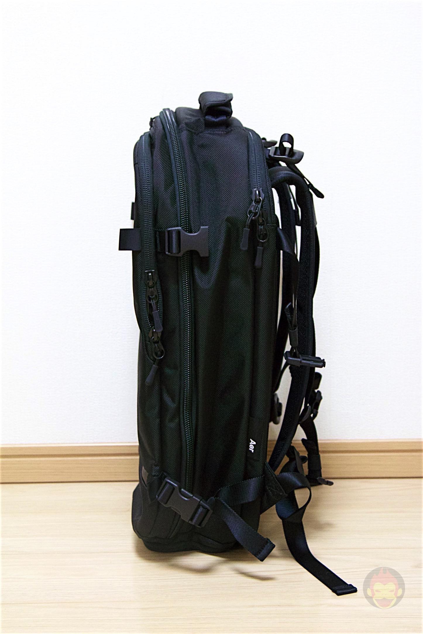 Aer-Travel-BackPack-on-Kickstarter-09.jpg