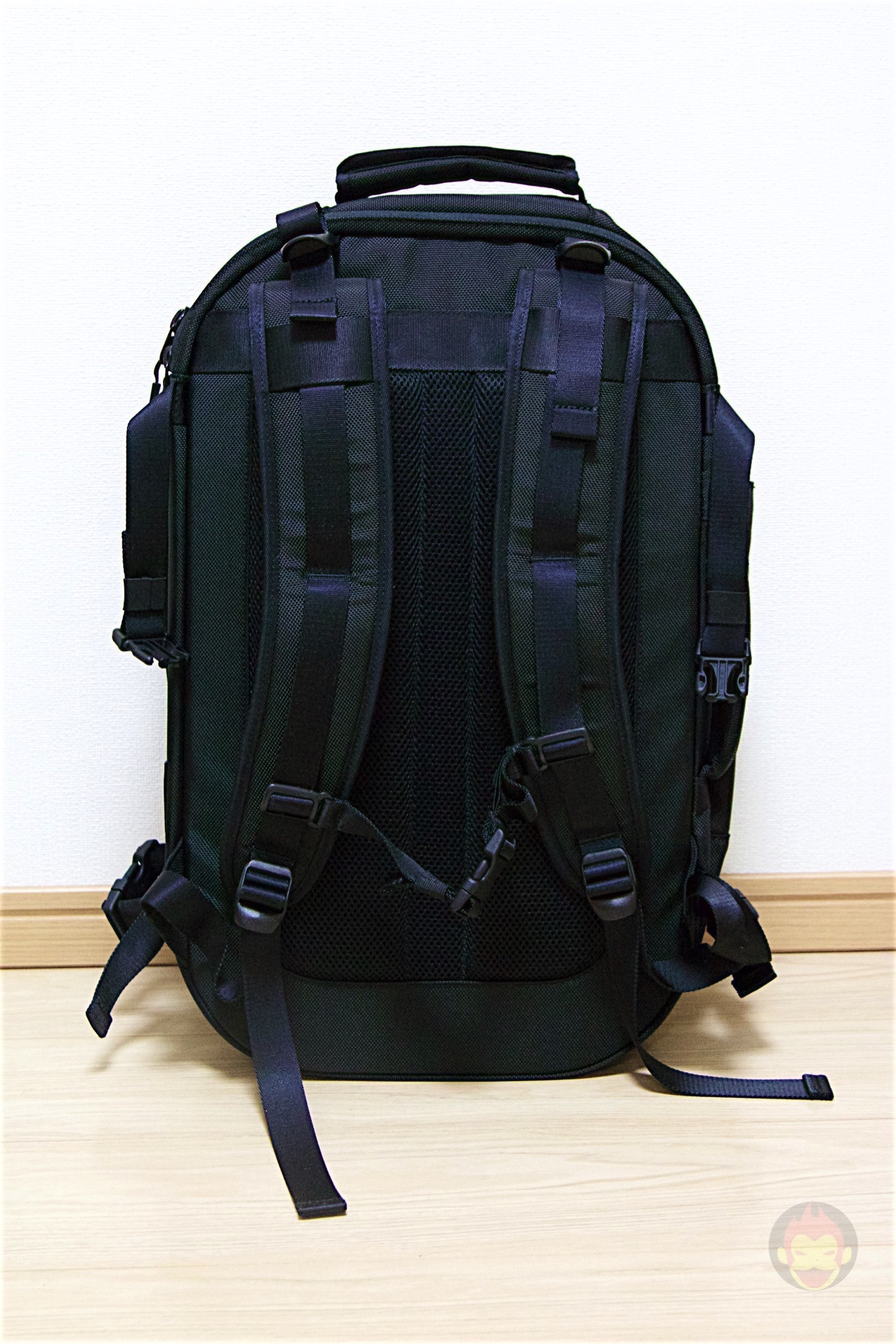 Aer-Travel-BackPack-on-Kickstarter-11.jpg