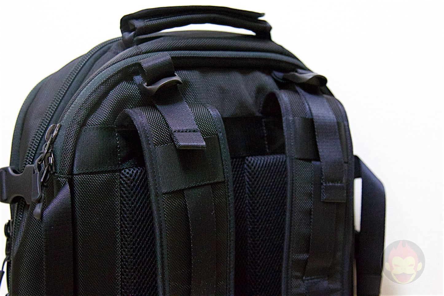 Aer-Travel-BackPack-on-Kickstarter-12.jpg